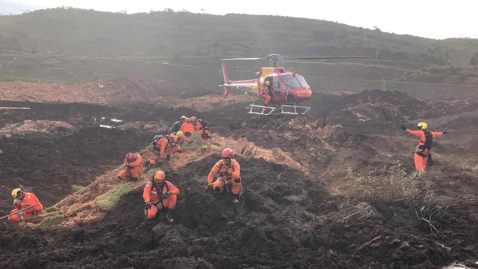 A Vale informou sobre o acidente à Secretaria do Estado de Meio-Ambiente às  13h37. Os rejeitos atingiram a área administrativa da companhia b9e96d28e7288